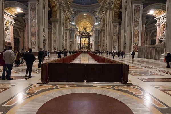 Rome Vatican intérieur axe