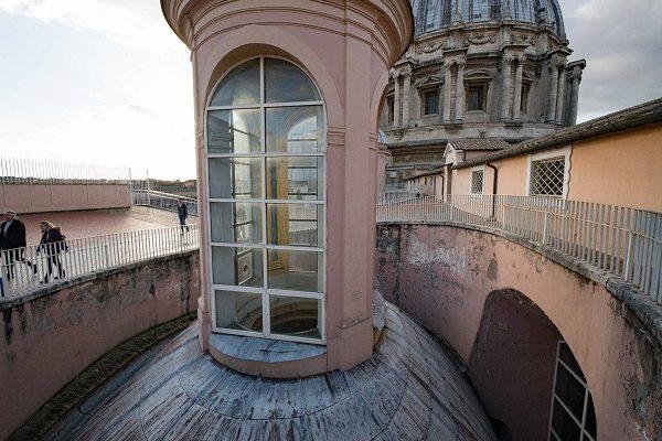 Rome Vatican la toiture de Saint-Pierre de Rome