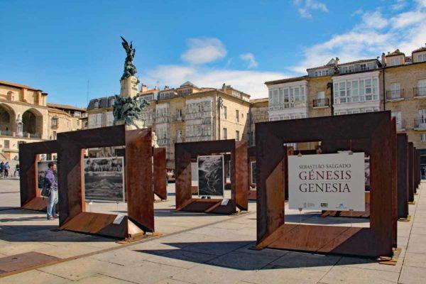 Espagne Vittoria-Gasteiz plaza de la Virgen Blanca 0229
