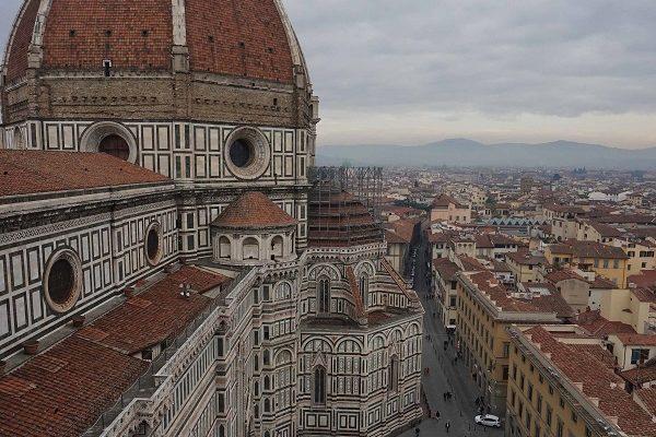Florence cathédrale Santa-Maria del Fiore et la Piazza del Duomo