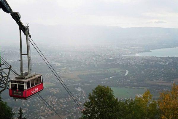 La vue sur la ville de Genève depuis le Salève