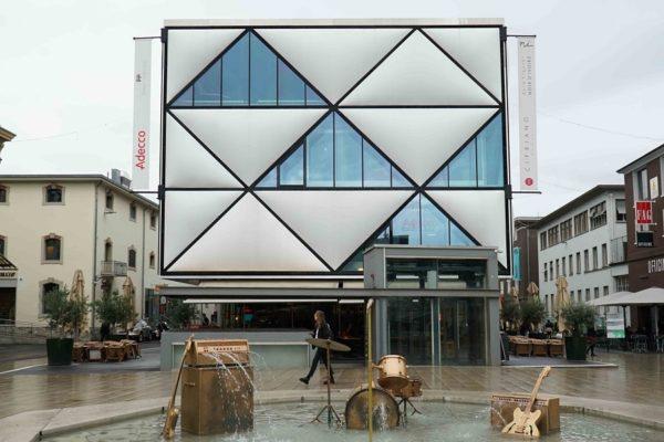 Lausanne , quartier du Flon