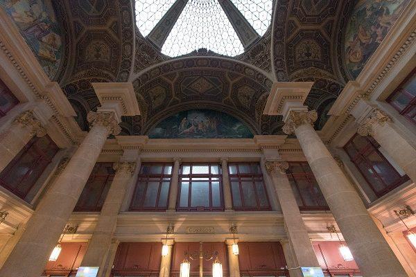 Barcelone Correus plafond