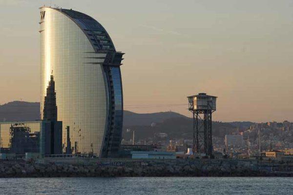 Espagne Barcelone le port et l'hotel W