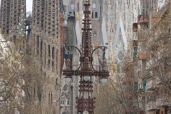 Espagne Barcelone Sagrada Familia vue depuis Sant Pau